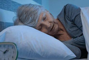 10 tips for baby boomers who need more sleep