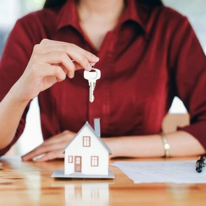 How to Get a Real Estate License Without Leaving Home